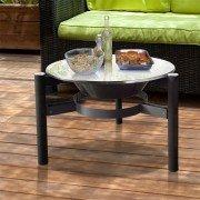 Brasero EFP5 de Purline, une table de jardin, un brasero extérieur.