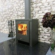 Wood stove 8 to 12 Kw, ultra efficient 80.01% and very compact.