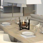 Selene Purline, Tischkamin, mit modernem Design, aus Metall und Glas.